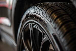L'importanza della manutenzione pneumatici a Roma.